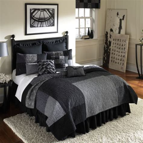 Mens Comforter Sets by 25 Best Ideas About S Bedding On Loft