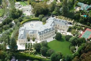 147352219030965966 together with crimefictionlover also big mansion