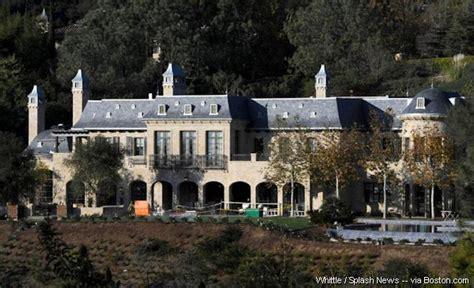 Tom Brady S Home by Tom Brady S New Home Should Accommodate His Superstar
