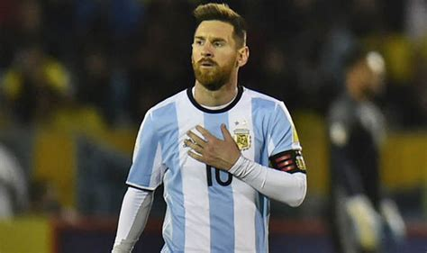 messi argentina lionel messi argentina spotted at barcelona airport