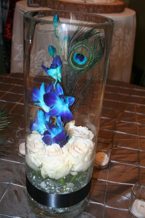 cheap centerpieces best 25 peacock centerpieces ideas on peacock