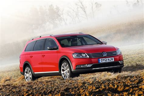 Vw New York Auto Show by Volkswagen To Test The Waters With Alltrack Estate At The
