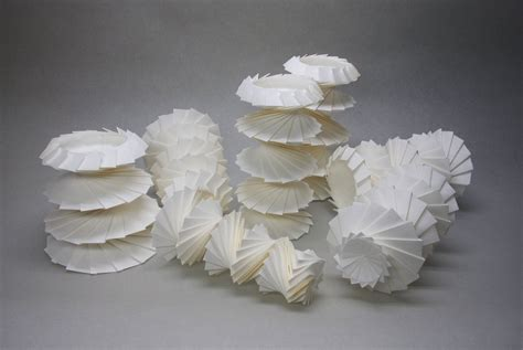 Origami Forms - hi tech 3d origami by jun mitani spoon tamago