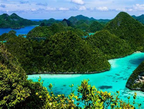 ferry waisai sorong paktam2u wayag islands raja at how to get here from