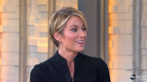 short haircut for gma host hairstylegalleries com amy robach debuts short haircut on good morning america