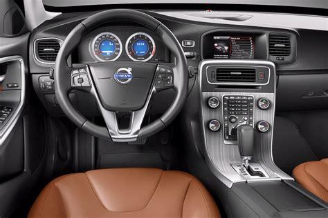 volvo v60 interni motori world volvo v60 sedan