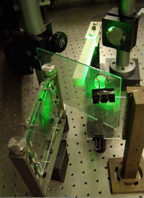from speckle pattern photography to digital holographic interferometry ema 611 lab 4 holographic interferometry
