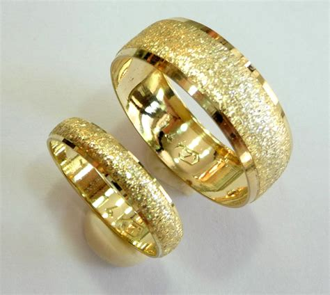 Gold Wedding Rings For by Yellow Gold Wedding Rings For