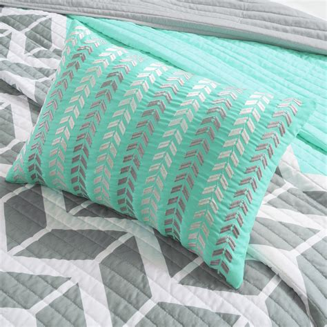 teal coverlet nadia teal quilted coverlet set by intelligent design