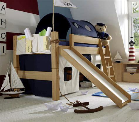 Kinderzimmer Junge Mit Rutsche by Halbhohes Hochbett Mit Rutsche Betten De