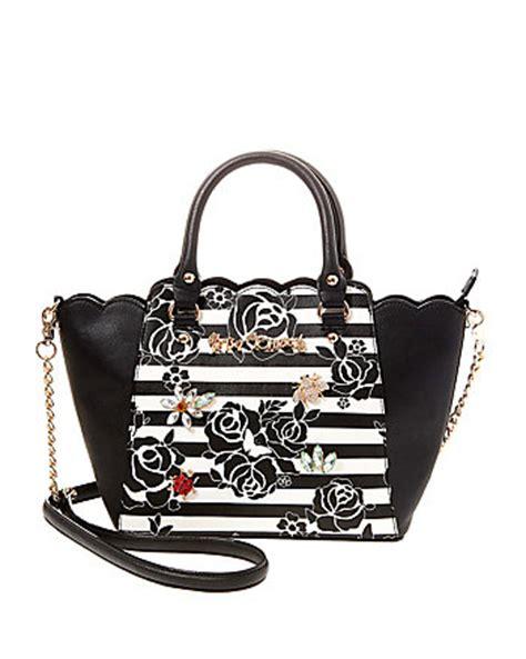 Be Unique With Williams Custom Handbags by Unique Handbags Designer Purses Betsey Johnson