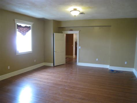 400 sq ft room 1st floor 78 main street flemington nj