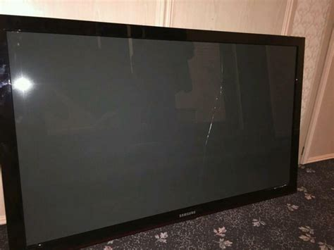 samsung plasma tv cracked screen 50 inch ps50c450b1w in broughty ferry dundee gumtree