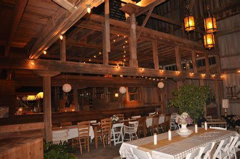 illinois rustic bride barn wedding venues farm