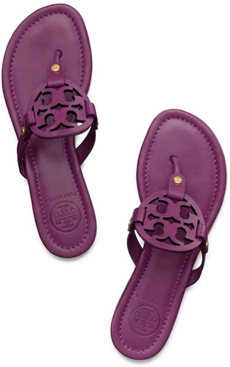 Which Color Flex Color Goes With Dolce Vita Laminate - burch miller sandal in purple fuchsia lyst
