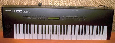 Keyboard Roland U20 file roland u20 jpg wikimedia commons