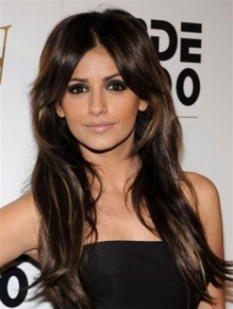 Long layered hairstyles a celebrity favourite glamy hair