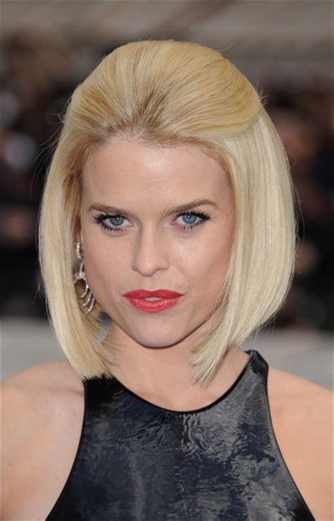 how to tie bob hairstyle more pics of alice eve mid length bob 21 of 25 mid