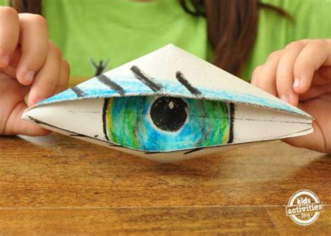 Blinking Eye Origami - 15 easy origami patterns for