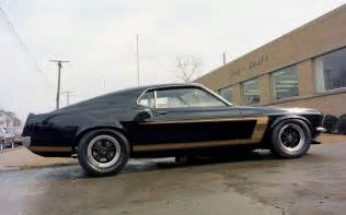 1969 Black Ford Mustang 1969 Ford Mustang Boss 302 Black And Gold 3 1440x900