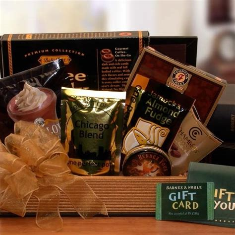 Barnes And Noble Gift Card - book lovers barnes and noble gift basket and 15 gift card arttowngifts com