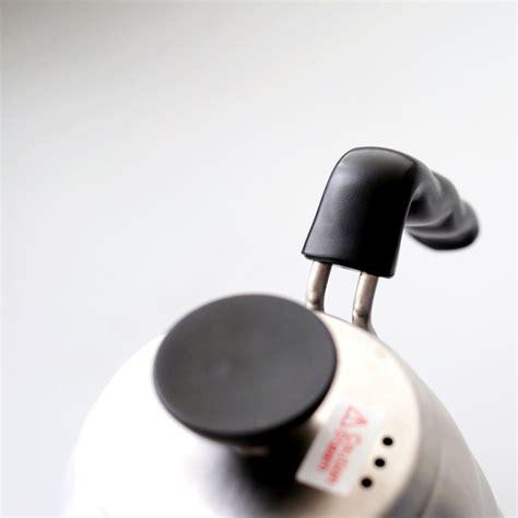 Teko Listrik Dengan Pengaturan Suhu teko listrik dengan pengatur suhu dari hario buono cikopi
