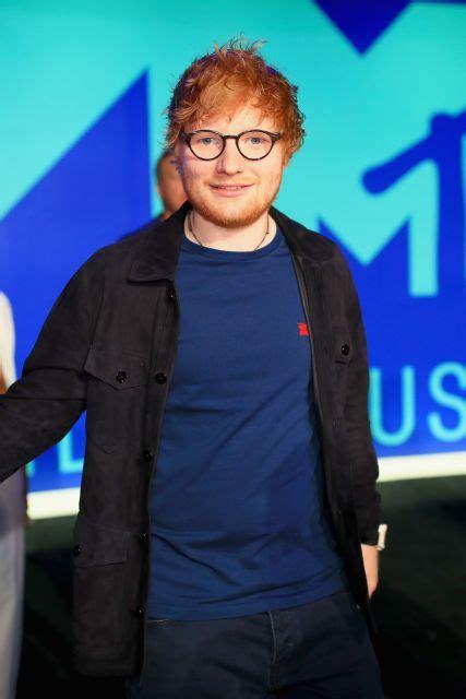 ed sheeran biography mtv mtv video music awards 2017 red carpet host katy perry