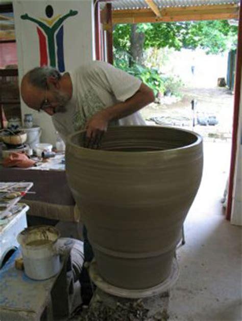 throwing a pot throwing big pots pottery ceramics