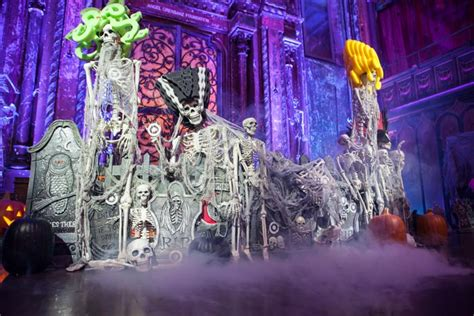 new themes for events 6 new ideas for ghoulish halloween party decor