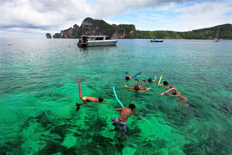 boat tour thailand exclusive phi phi island catamaran tour phuket luxury