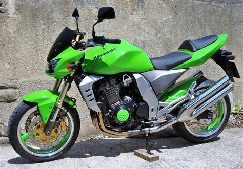 Kawasaki Z1000 2003 by 2003 Kawasaki Z1000 Moto Zombdrive