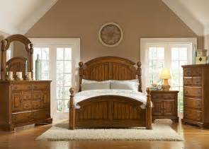 country bedroom set north country low poster platform bed bedroom furniture