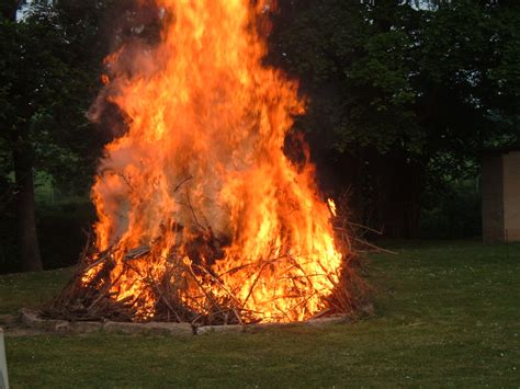 the bonfire of the south bend sentinel kony 2012 bonfire challenge goes viral must donate 100 to kony 2012 or