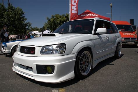 subaru forester slammed tastefully lowered subaru forester sti dream machines