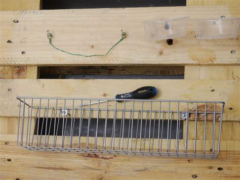 Meuble De Rangement En Palette by Fabriquer Rangement Mural Pour Outils De Bricolage En