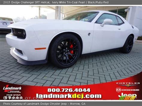 White Challenger Interior by Ivory White Tri Coat Pearl 2015 Dodge Challenger Srt