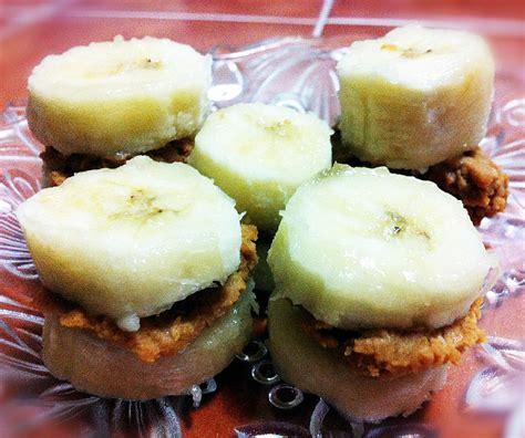 healthy dessert ideas banana and peanut butter bites