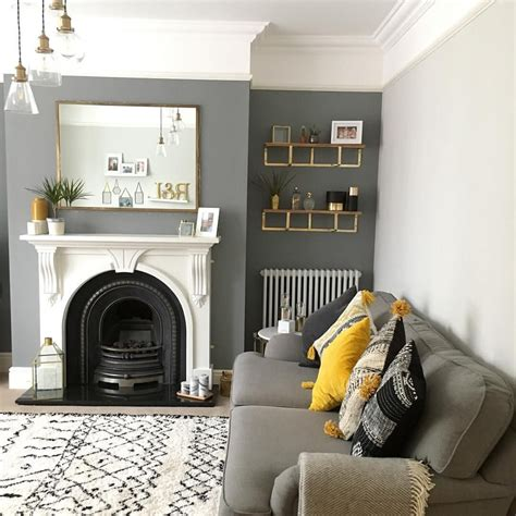 living room grey accent wall fixer