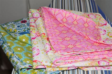 Tying Quilts With Embroidery Floss by Mel Baby Blankets