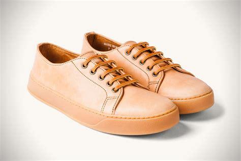 Kaos Skate Premium Santa stores to buy shoes style guru fashion glitz