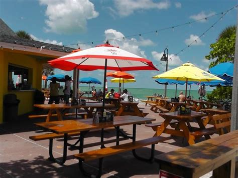 pass a grille boat rentals paradise grill at pass a grille beach picture of pass a