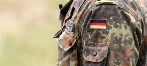 Bewerbung Bundeswehr Alter Bericht Bundeswehr Setzt Bei Rekrutierung Verst 228 Rkt Auf Feriencs Newsburger De