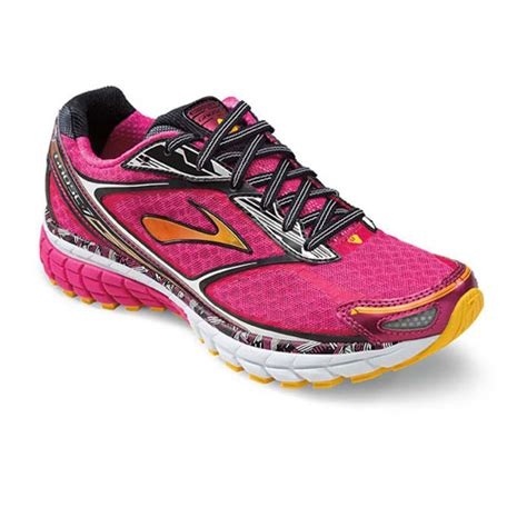 top 5 running shoes the top 5 running shoes that every to run in