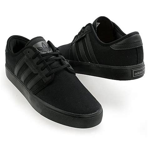 adidas originals seeley black black sneakers