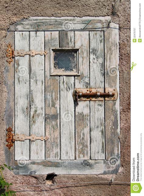 imagenes puertas antiguas de madera puerta de madera antigua fotograf 237 a de archivo libre de
