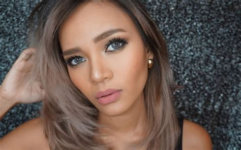 Eyeshadow Drugstore Murah serba murah ini 7 produk makeup drugstore favorit