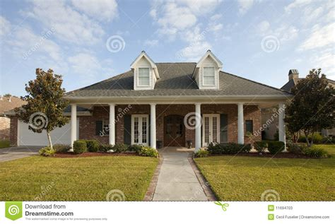 house columns house with columns stock photos image 11694703