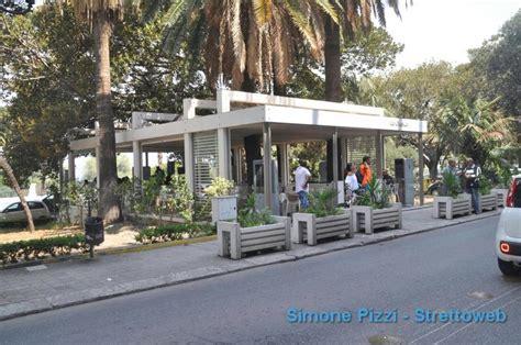 gazebo da ceggio reggio gazebo chiusi adesso 92 lavoratori rischiano il