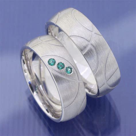 Eheringe Silber Mit Stein by Eheringe Shop Trauringe Aus 925 Silber Mit Gr 252 Nen Steinen