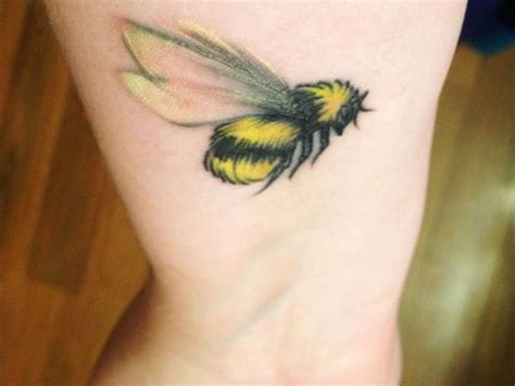 bumble bee tattoo meaning best 25 bee meaning ideas on bee and